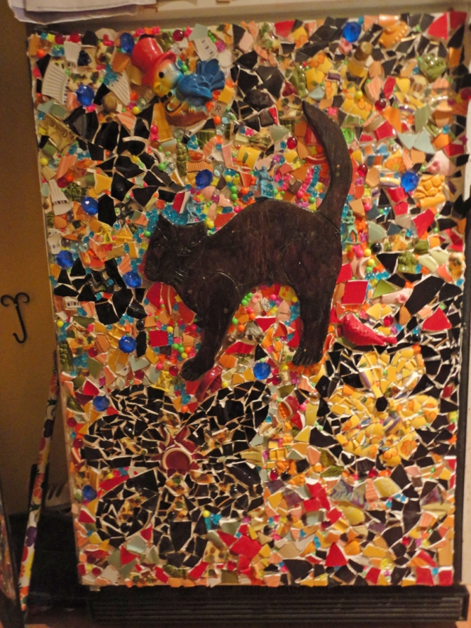 Fridge Mosaic with cat, birds and explorers